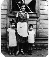Three Sisters (Malka, Hannah and Divorah )