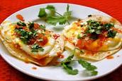 Los Huevos Rancheros - trescientos cuarenta y siete pesos (345)