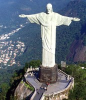 The statue of jesus.