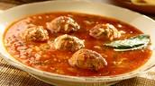 La Sopa de Albondigas - trescientos veinte pesos. (320)