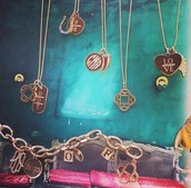 Personalized Pieces