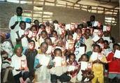 Niños desfruta libros