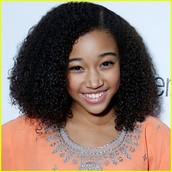 Amandla Stenberg as Hazel levesque