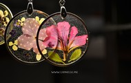 Real flower pendants