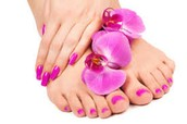 UÑAS manos + pies con GEL + PEDICURA           60€
