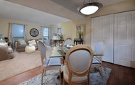 Dining room/ Flexible space