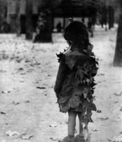 La Petite Fille aux Feuilles Mortes, 1946