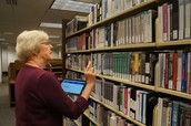 Reference Librarians Receive Mobile Devices