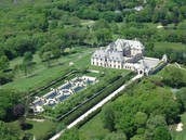 -This is a photo of where parties of Jay Gatsby's House would be taken place at