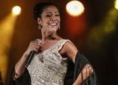 RAQUEL TAVARES - new and traditional singer of FADO