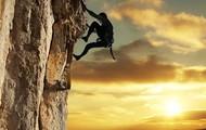 Orang jatuh dari tebing