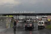 Je commence à l'aeroport Paris Airport-Le Bourget
