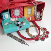 Stella & Dot is an amazing accessories company that sells jewelry, bags, scarves and more!