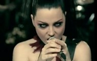 En esta foto Amy Lee Se Ve Genial