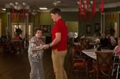 Senior Prom Gives back