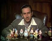 """וולט דיסני מציג את הדמויות של """"שלגיה ושבעת הגמדים"""" בקדימון של הסרט"""