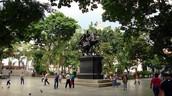 Plaza Bolívar- la plaza