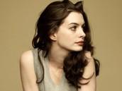 Portia - Anne Hathaway