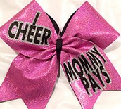 Mommy Pays Bow