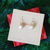 White Isla Drop earrings
