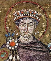 Qui era l'emperdor Justinià?