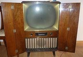 Who invented the first tv?