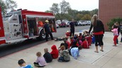 Mexico Public Safety explains fire safety to Hawthorne Elementary