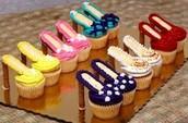 LETS GO CAKE SHOPPING!!!!