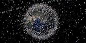Aquesta és una imatge de com està l'orbita actualment per les deixalles espacials
