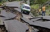 Earthquake destroys a road