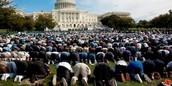 Les Musulmans rassemblement pour censeur la liberté de la parol.