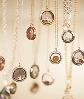 Tell your story with an Origami Owl Living Locket!