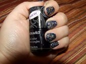 these black nails rock!