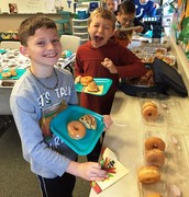 3rd grade Thanksgiving breakfast