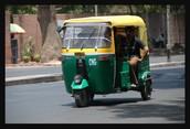3 wheeled taxi