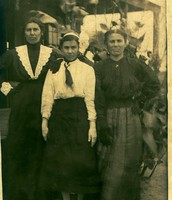 My Great-Grandma Josepha (far left)