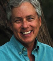 Carl Hiaasen's face