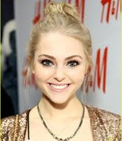 Soul Surfers' AnnaSophia Robb as Hana