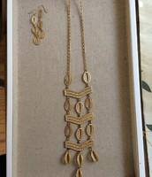 Kimberly Necklace & Earrings
