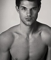 Taylor lautner~ Mcleans Father