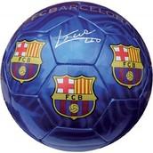 התחביב שלי הוא : לשחק כדורגל