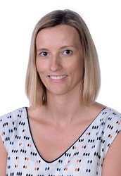 Miss Claire Douglas