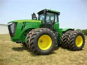 2010 articulated tractor