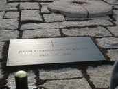 John F. Kennedy's Grave & the everlasting flame