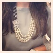 SOLD! Daisy Pearl Necklace