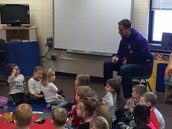 MN Vikings wide receiver Adam Thielen visits Ms. Trina's & Ms. Kim's class