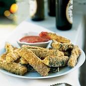 Parmesano calabacín palos con ahumado asado salsa romesco
