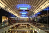 centro comercial: multi plaza shopping mall