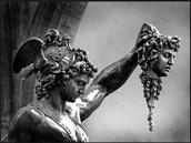 Perseo con la cabeza de  Medusa de Cellini