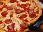 Yo comí la pizza, y yo bebí el refresco.